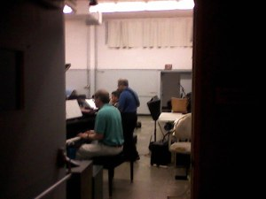 In October, 2013 I caught visual and aural glimpse of guitarist Alan Roter co-leading a jazz romp with distinctively Latin stylings, at Cubberley music room, part of an on-going class/jam.