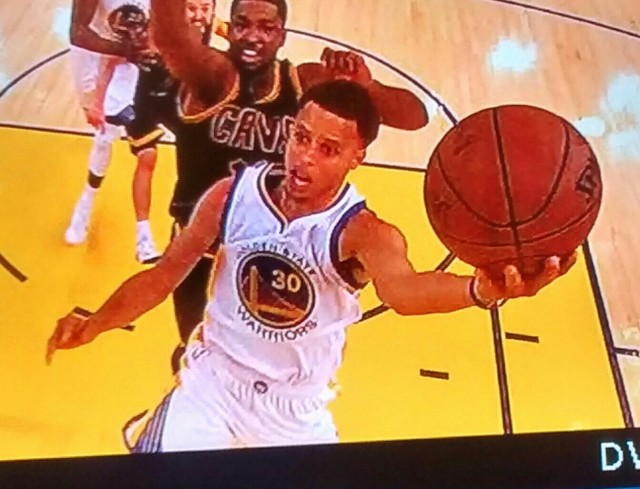 Stephen Curry, 2014-2015 NBA champion Game 5 left hand lay up, off left foot